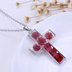 Natural Real Dried Flower Resin Cross Glass Floating Locket Pendant Necklace Red