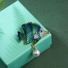 3 Colors Enamel Seahorse Fish Brooches for Women  Animal Brooch Pins  Fashion Jewelry Cloth Accessories Fish 1
