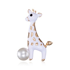 Rinhoo 1pc Rhinestone Wreath Elk Deer Head Brooch Enamel Metal Christmas Brooches Winter Coat Clothes Badge Jewelry for Women Elk 1