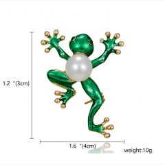 Fashion Pearl Crystal Frog Dragonfly Bird Brooches for Women Green Color Animal Brooch Pin Luxury Vintage Jewelry Coat Accessories Frog 1