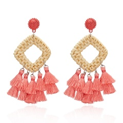 Womens Boho Long Tassel Fringe Earrings Straw Rattan Woven Drop Dangle Ear Stud Pink