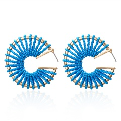 C-shaped rice beads hand-wound braided stud earrings blue