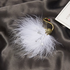 Fashion Women Crystal Feather Pearl Animal Brooch Pin Wedding Party Jewellery White