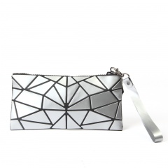 Silver Geometric Diamond Portable Toiletry Bag Travel Change Bag In Hand Silver