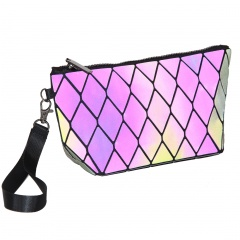 Geometric Diamond Chain Bag Luminous Hand Bag The diamond model