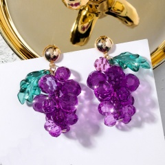 2020 Purple Beads Grape Stud Earrings Transparent Acrylic Earrings Fruit Earring For Woman Girls Party Jewerly gifts Grape-1