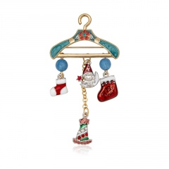 Gold Fashion Dangle Sweet Christmas Brooches Wholesale Tree
