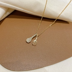 Simple Rhinestone Spoon Titanium Steel Necklace (chian length 45cm) gold