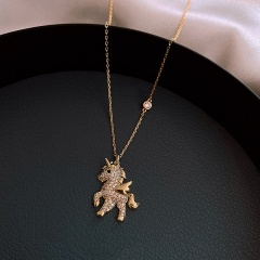 Pony Rhinestone Clavicle Chain Necklace (Pendant size: 2.5*1.8cm, chain length 40+5cm) gold