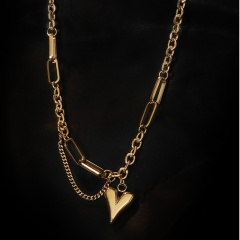18K Gold Plated Heart Pendant Chain Titanium Steel Clavicle Necklace (chain length 42+5cm) gold